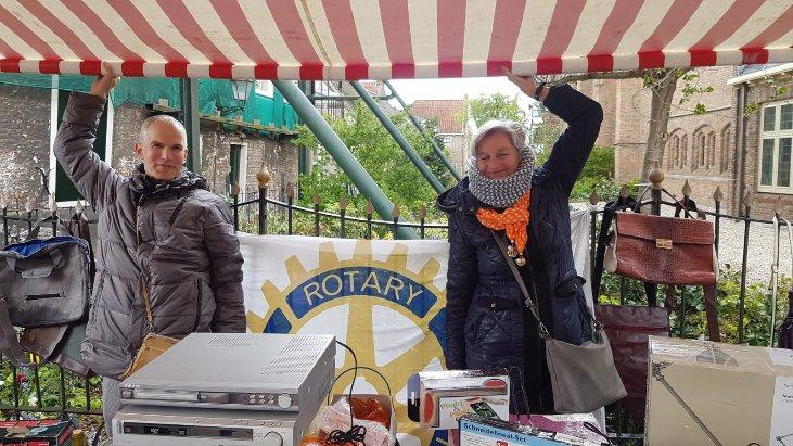 Rotary op de vrijmarkt!