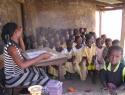 Schoolmeubilair Baarnsch Lyceum naar Ghana