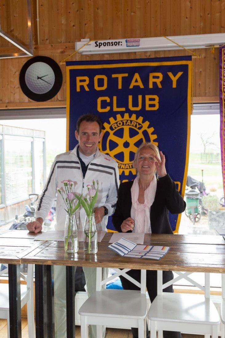 Stichting Schuldhulpmaatje ontvangt € 5.000,-- van Rotaryclub Heerhugowaard-Langedijk.