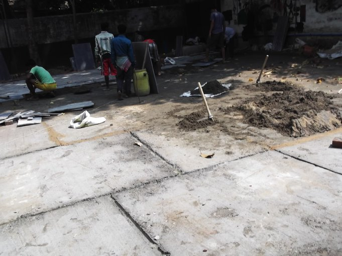 D:\DATA\Rotary\Website Rotary\3- Nieuws\Archief 2013-2014\Kolkata Rowland Road Back Garden Synthetic Grass work\Rowland Road Back Garden Synthetic Grass work Day 6\DSCF0132.JPG