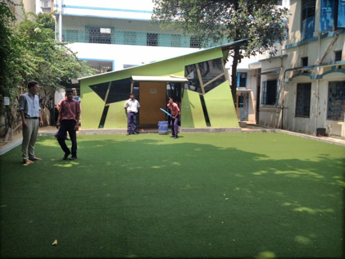 D:\DATA\Rotary\Website Rotary\3- Nieuws\Archief 2013-2014\Kolkata Rowland Road Back Garden Synthetic Grass work\Rowland Road Back Garden Synthetic Grass work Day 27\Clipboard01.jpg